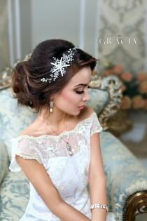 wedding photo - Beach wedding Starfish accessories Beach wedding hair accessories Starfish jewelry Beach Bridal Headband Destination wedding Mermaid hair - $74.99 USD