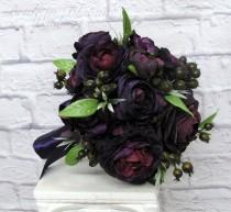 wedding photo - Bridal bouquet - Wedding bouquet - Plum black wedding bouquet - Ranunculus berry bouquet - silk wedding flowers