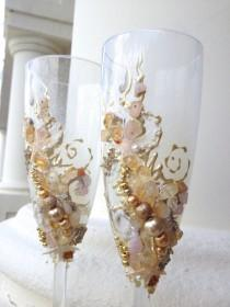 wedding photo - Beach wedding champagne glasses, toasting flutes with real star fish and sea shells in champagne and tan colors