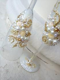 wedding photo - Elegant wedding champagne glasses, hand decorated with roses and pearls, in ivory, white and gold