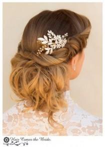 "wedding photo - Stunning Gold Rhinestone Leaf Bridal Hair Comb ~ ""Chelsea"""