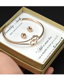 wedding photo - Bridesmaid Earrings,Bridesmaid Gift,Bridesmaid Jewelry,Jewelry Gift Box,Bridesmaid Tie the Knot Earrings,Be My Bridesmaid, Bridal Party Gift