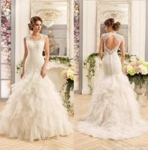 wedding photo -  2017 New Gorgeous Lace Mermaid Wedding Dresses Cascading Ruffles Organza Backless Wedding Dress Bridal Gowns Custom Made Lace Luxury Illusion Online with $177.15/Pi