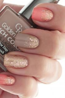 wedding photo - 80 Awesome Glitter Nail Art Designs You'll Love