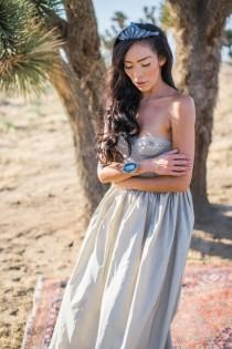 wedding photo - Refined Crystal And Geode Wedding Shoot - Weddingomania