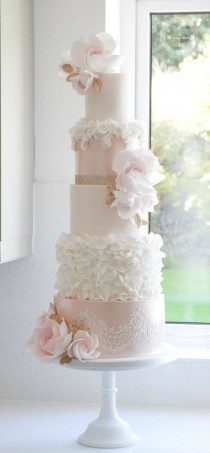 wedding photo - Light Pink And White Flower Wedding Cake