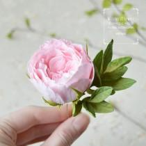 wedding photo - Rose hair pin Pink wedding Vintage style Bohemian Accessories Boho chic Rustic Flower hairpiece Gift for women romantic gift roses jewelry