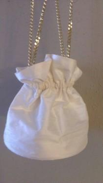 wedding photo - Vintage Chinese Silk Purse / Hand Made Bridal Purse / Wedding Accessory / Vintage Silk Bag / Gold Chain Handle / Drawstring Closure