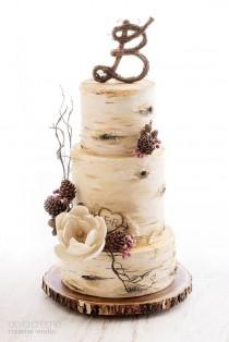 wedding photo - Birch Tree Wedding Cake - De La Creme Studio