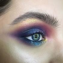 "wedding photo - @tominamakeup On Instagram: ""#tominamakeup#makeup#beauty#makeupartist#style#bride#bridalmakeup#wedding#weddingmakeup#eyemakeup#eye#макияж#визаж#визажист#hudabeauty…"""