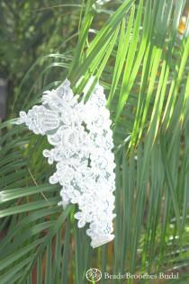 wedding photo - Plus Size Lace Flower Garter With Sequins Beads for Plus size,Plus size Wedding Garter,Plus Size White Lace Bridal Garter,Plus Size Garter