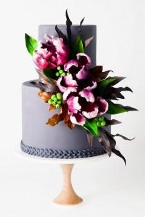 wedding photo - 9 Amazing Wedding Cake Designers We Totally Love