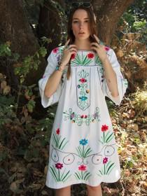 wedding photo - Beautiful Embroidered Vintage Floral Dress Gown Hippie Boho Festival Gypsy Flower Power Seventies 70s 80s Retro Mexican Handmade Colorful