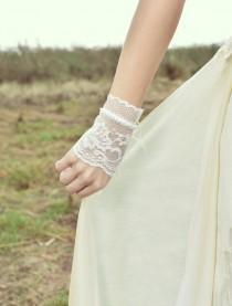 wedding photo - Wedding lace bracelet, bridal bracelet, wedding glove, lace cuff, vintage wedding accessory, boho wedding jewelry, ivory lace bracelet
