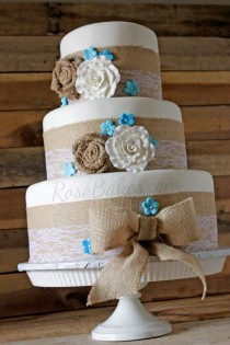 wedding photo - Burlap & Lace Rustic Wedding Cake