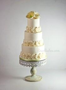 wedding photo - What I've Been Doing This Week... 4 Cakes And A Decluttering Challenge