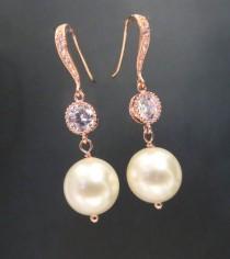 wedding photo - Rose Gold Bridal earrings, Classic Pearl Wedding Earrings, Pearl drop earrings, Rose Gold earrings, Crystal earrings, Swarovski earrings