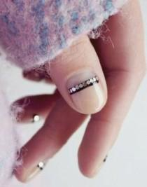 wedding photo - 12 Insanely Gorgeous Cold Weather Nail Art Ideas
