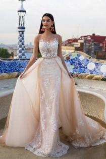 wedding photo - Lace Wedding Dresses,champagne Wedding Dresses,Elegant Modest Wedding Dresses