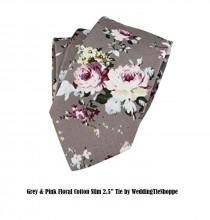 "wedding photo - SALE Gray Floral Wedding Tie and Pocket Square Grey Pink Purple Floral Tie 2.5"" Slim Cotton Necktie Grey Groomsmen Groomsman Neckties Groom"