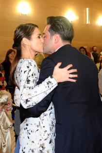 wedding photo - El acercamiento de Paula Echevarría y David Bustamante en las redes sociales