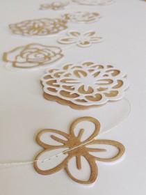 wedding photo - Flower Garland - Paper Flowers - Wedding  Decor -  Paper Garland - Bunting - Bridal Shower - Paper Decoration