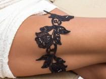 wedding photo - Black Ivory flowers wedding garter  Lace garter Bridal garter Wedding garter Black garter Bridal garter