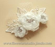 wedding photo - Ivory or White Bridal Hair Flower, Bridal Hair Accessories, Lace Bridal Headpiece, Feminine White flower comb, Pearl and flower bridal comb.