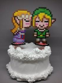 wedding photo - Link and Zelda Cake Toppers - Zelda Kissing Link Gamer Wedding Decorations 6 inch