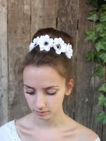 wedding photo - White anemones.Hair bobby pin polymer clay flowers. Set of 3.Anemone Wedding Hair Pins