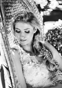 wedding photo - Hair vine weddings. Beach weddings. Pearls hair halo for bride to be. Silver hair halo for bride. Boho wedding hair jewelry. Bride hair vine