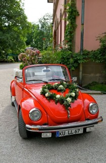 wedding photo - 14 Wedding Cars That'll Inspire You To Garland Your Ride