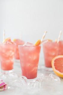 wedding photo - Sparkling Grapefruit Bikini Cocktail