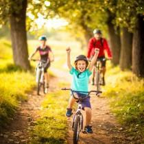 wedding photo - 8 consejos para crear hábitos deportivos saludables en los niños