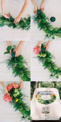 wedding photo - 40 Elegant Ways To Decorate Your Wedding With Floral Garlands