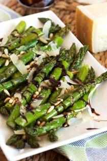 wedding photo - Roasted Asparagus With Pine Nuts, Parmesan And Balsamic Glaze