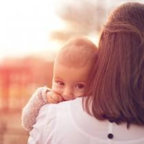 wedding photo - El destete: ¿cómo pasar de la lactancia materna al biberón?