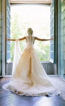 wedding photo - Los 7 aspectos que debes tener en cuenta al elegir el lugar para una boda de lujo
