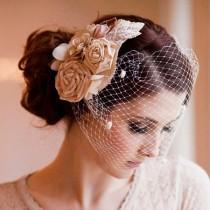 wedding photo - Vintage Blossom Bouquet Floral Bridal Comb