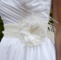 wedding photo - Ivory bridal flower with feathers, pearls, Swarovski Crystals or rhinestones - CHICAGO no.33