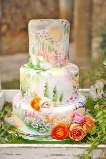 wedding photo - 30 Elegantly Colored Wedding Cakes
