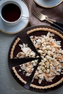 wedding photo - Chocolate Date Caramel Walnut Tart (Gluten-Free, Grain-Free, Vegan)