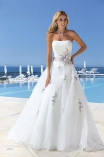 wedding photo - Bruidsboutique MariaAnna - Lady Bird