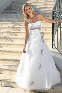 wedding photo - Taft En Tule