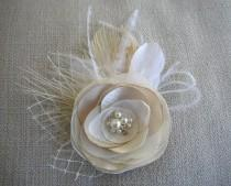 wedding photo - Ivory Champagne Hair Flower Clip, Feather Hairpiece, Bridal Fascinator, Wedding Headpiece, Feather Hair Clip, BridalHair Accessories