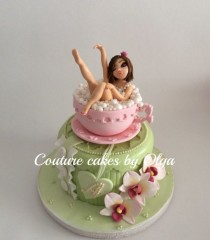 wedding photo - BD Cake ,,lady In A Cup,,