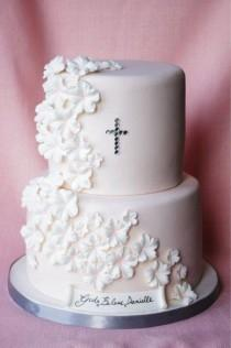 wedding photo - Cakes Fit For A Prince (or Princess)! Christening Cakes