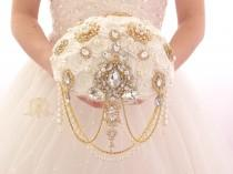 wedding photo - BROOCH BOUQUET. Gold vintage jeweled pearl cascading ivory brooch bouquet in Gatsby style by MemoryWedding
