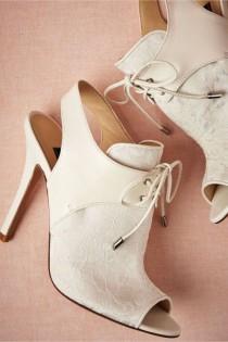 wedding photo - 33 Gorgeous Spring Wedding Shoes