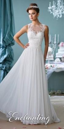 wedding photo - Wedding Dresses $500 Or Less